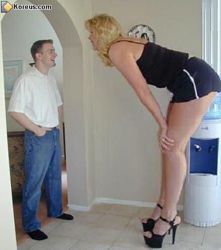 image insolite femme de grande taille immense xxl woman