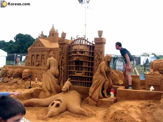 image chateau de sable rigolo humour insolite
